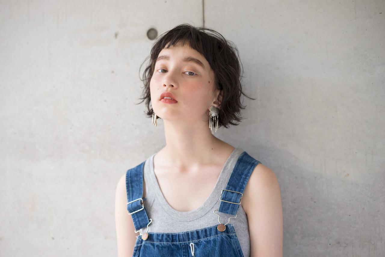 外ハネ 夏 ナチュラル 簡単ヘアスタイルや髪型の写真・画像