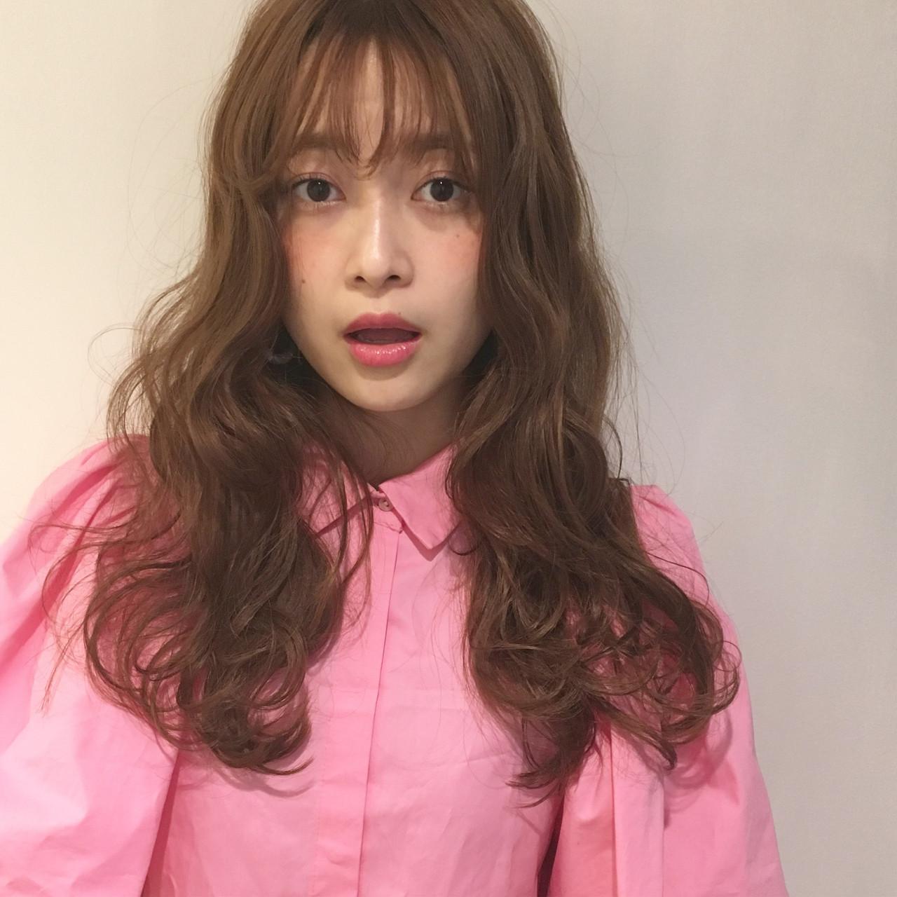 ロング フリンジバング アッシュ パーマ ヘアスタイルや髪型の写真・画像 | 渡会佳奈 / RUALA