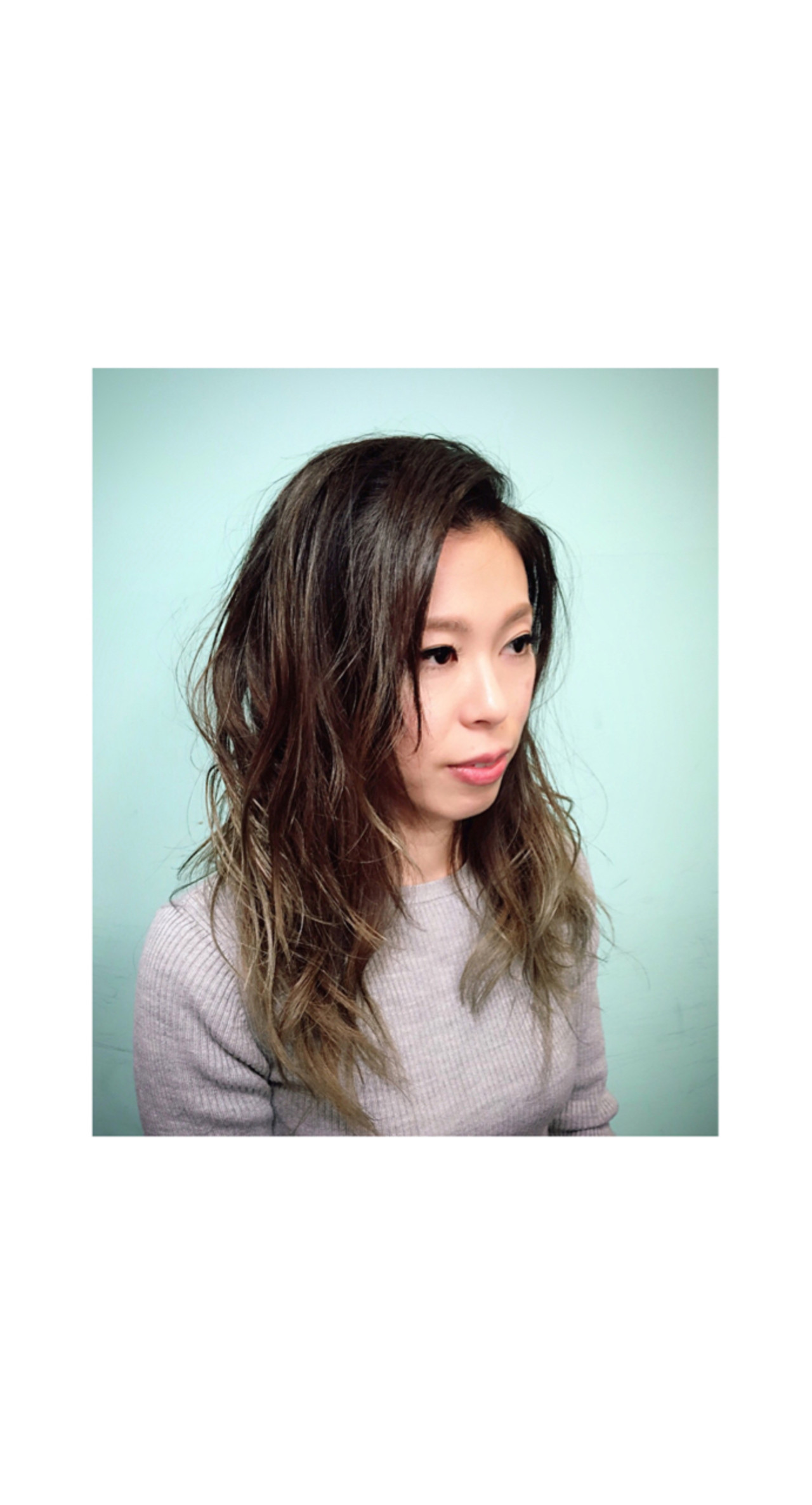 セミロング 外国人風 ヘアアレンジ ナチュラルヘアスタイルや髪型の写真・画像