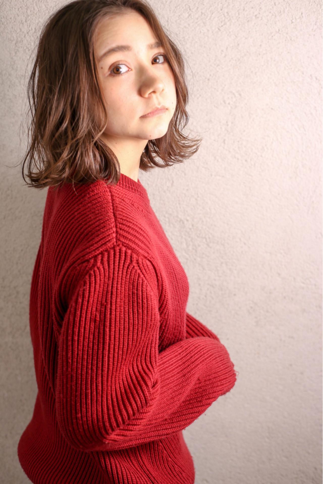ミディアム ボブ 外国人風 グラデーションカラーヘアスタイルや髪型の写真・画像