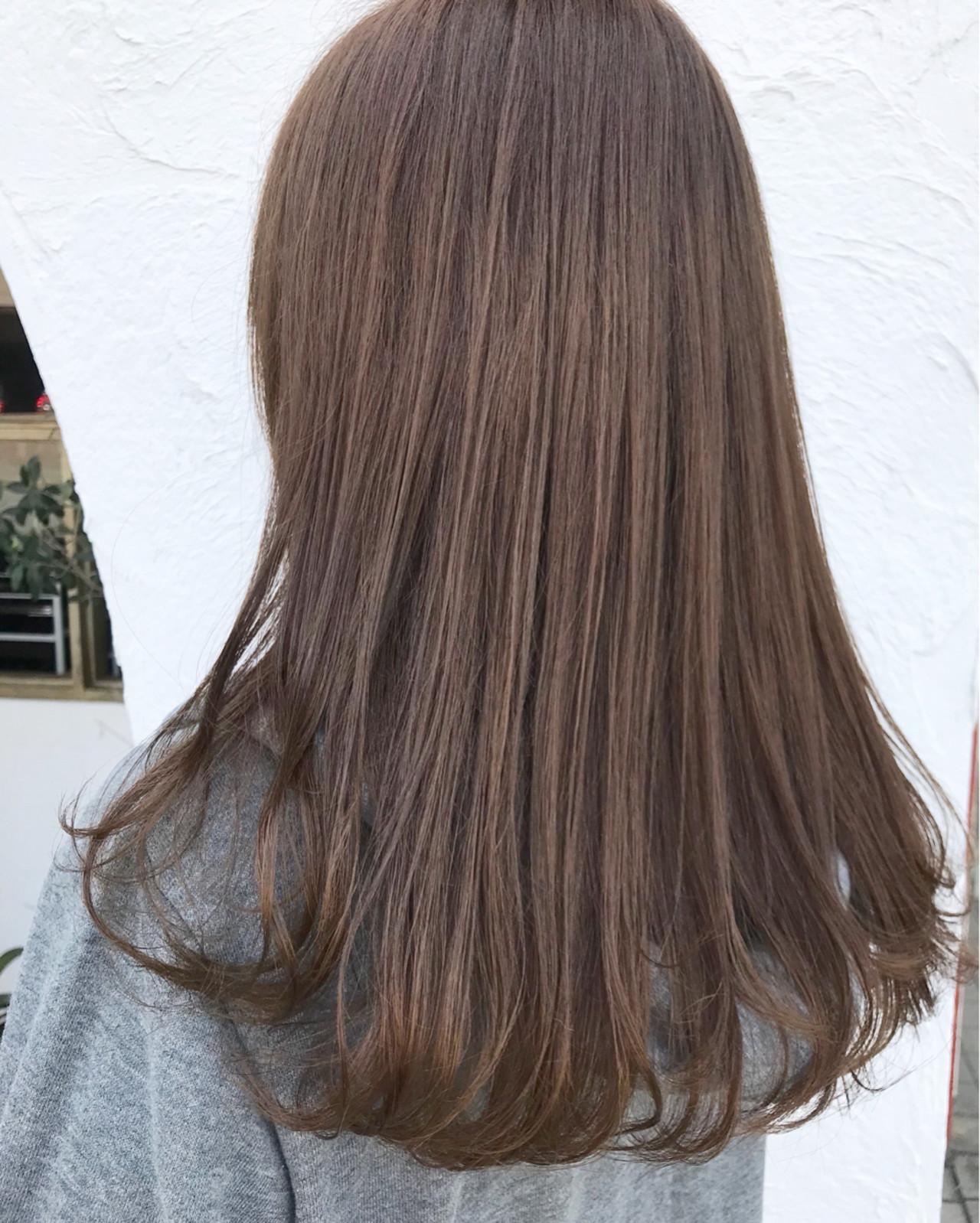 外国人風 女子力 アウトドア セミロングヘアスタイルや髪型の写真・画像