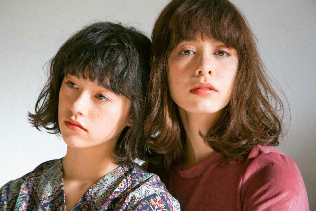 外国人風 ナチュラル フリンジバング ブラウン ヘアスタイルや髪型の写真・画像 | 渡辺 フミヤ / Cafune by Garland