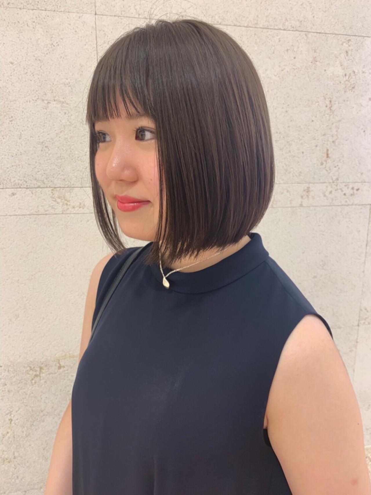 デート グレージュ ボブ ナチュラル ヘアスタイルや髪型の写真・画像 | 坂口 南 / kakimoto arms二子玉川