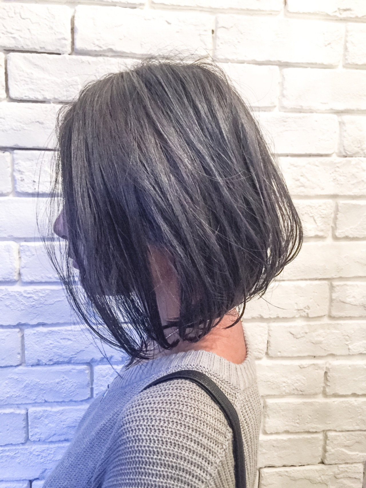 外国人風カラー グレージュ 前下がり モードヘアスタイルや髪型の写真・画像