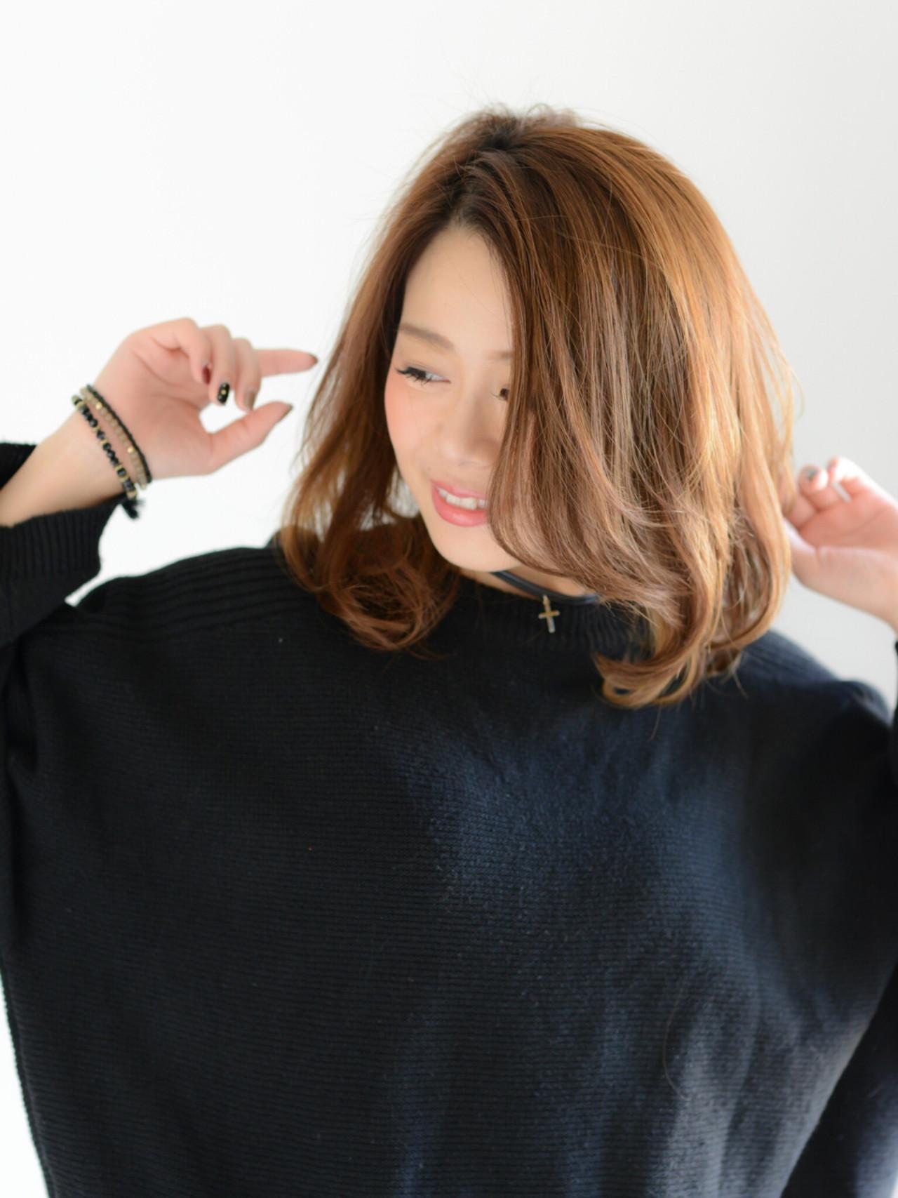 ミルクティー レイヤーカット ナチュラル ニュアンス ヘアスタイルや髪型の写真・画像 | 藤井まどか / Livinguyou