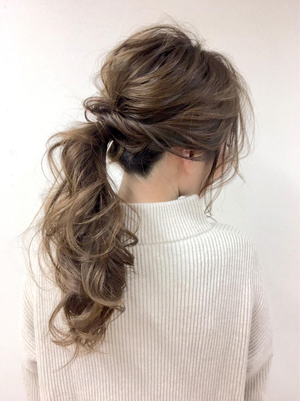 グレージュ 大人女子 ルーズ 外国人風 ヘアスタイルや髪型の写真・画像 | 高橋 アリサ /
