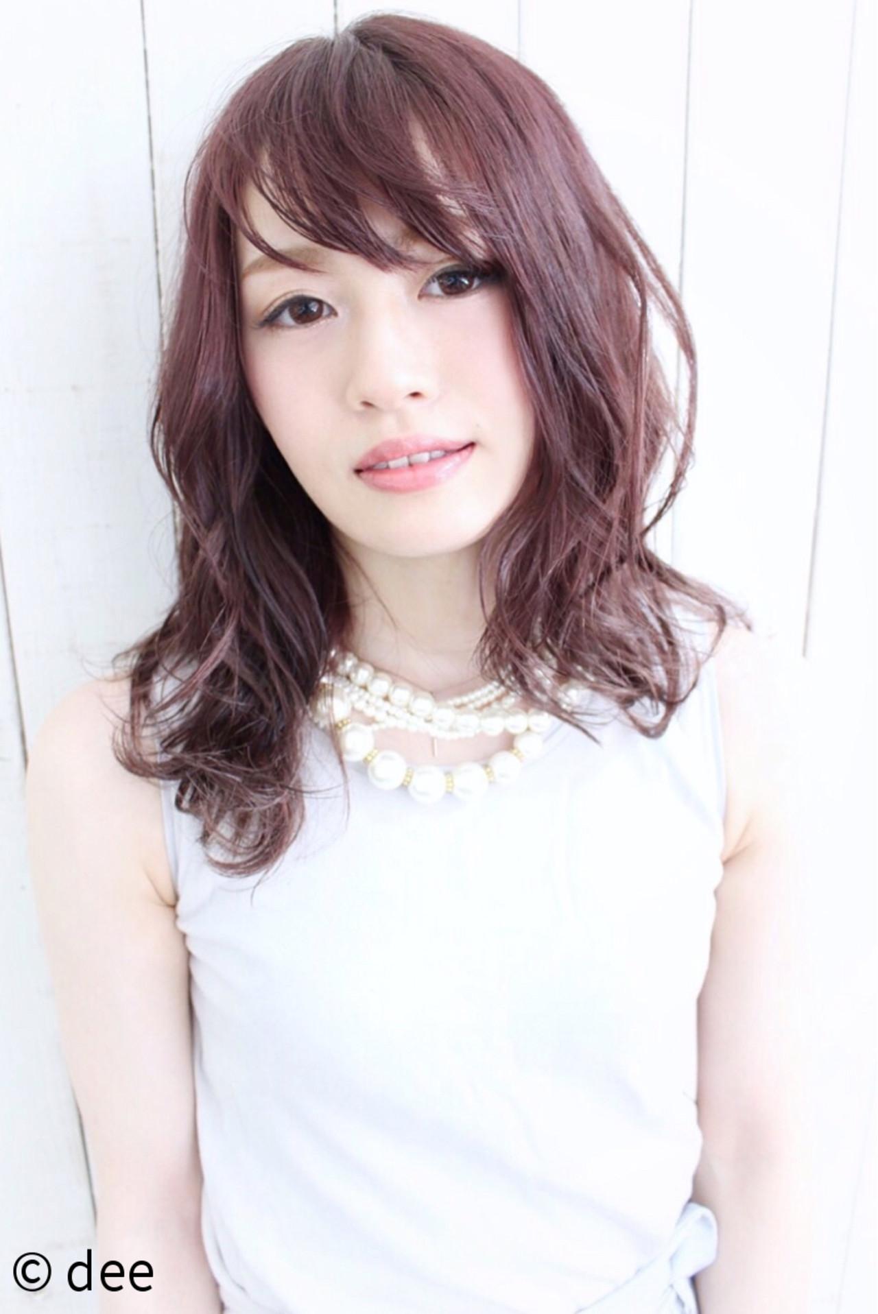 フェミニン ピンク セミロング ウェットヘア ヘアスタイルや髪型の写真・画像   dee / dee