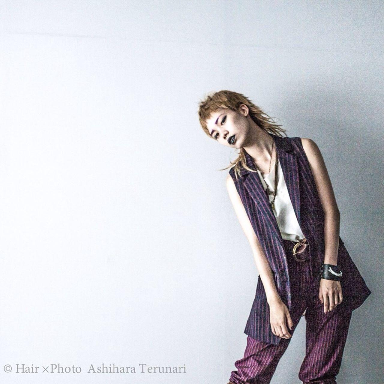 ショート モード 外国人風 ウルフカット ヘアスタイルや髪型の写真・画像 | 芦原照成 / Nicole.