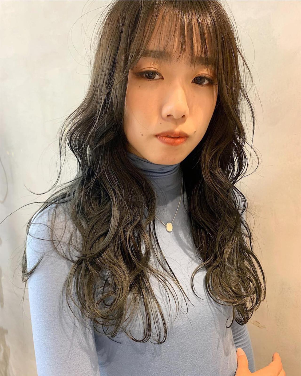 ブルーアッシュ 韓国ヘア シースルーバング ロング ヘアスタイルや髪型の写真・画像 | miya/@1031miya / フリーランス(XENA)