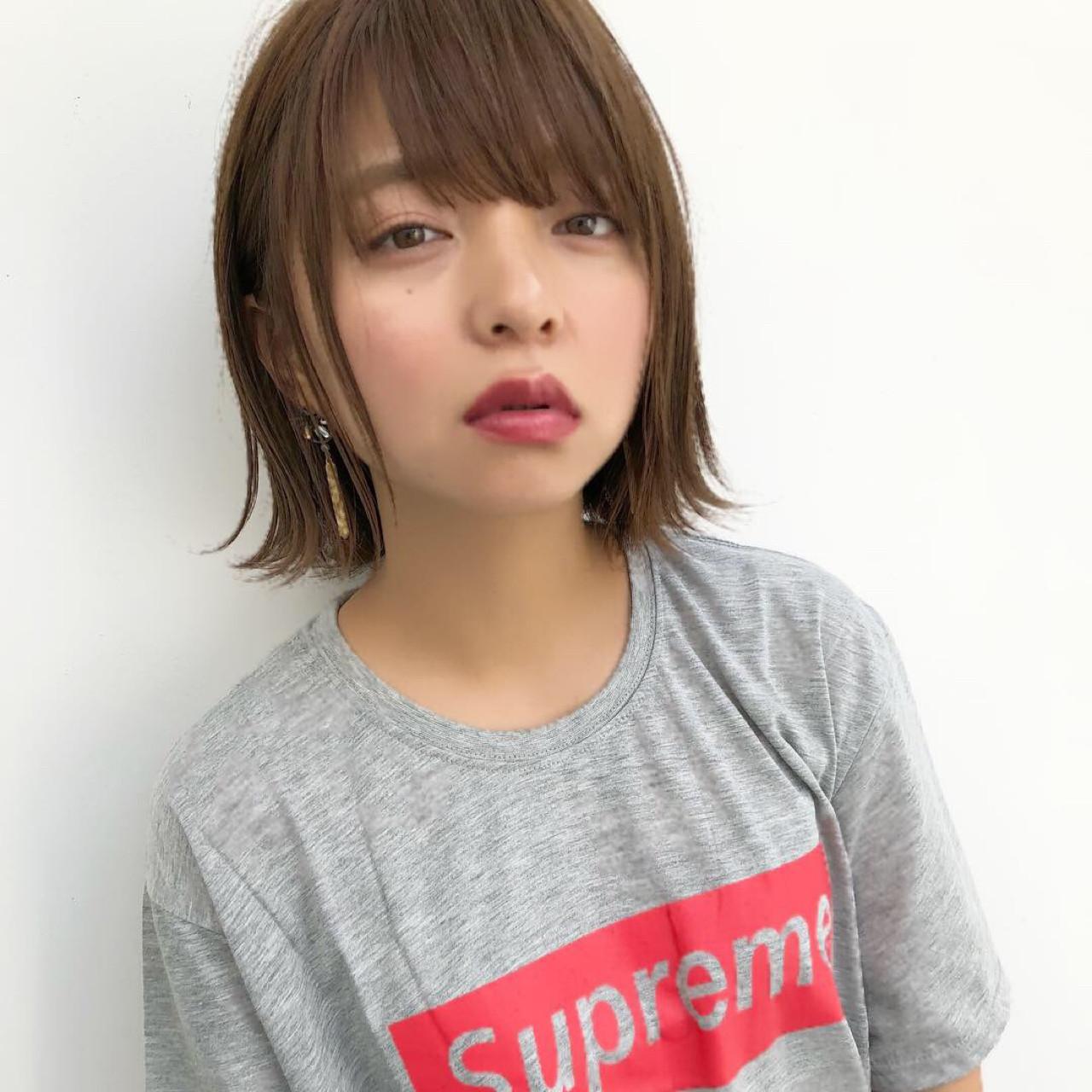 切りっぱなし 透明感 ボブ 外ハネ ヘアスタイルや髪型の写真・画像 | 切りっぱなしレイヤー&パーマ Un ami 増永 / Un ami omotesando
