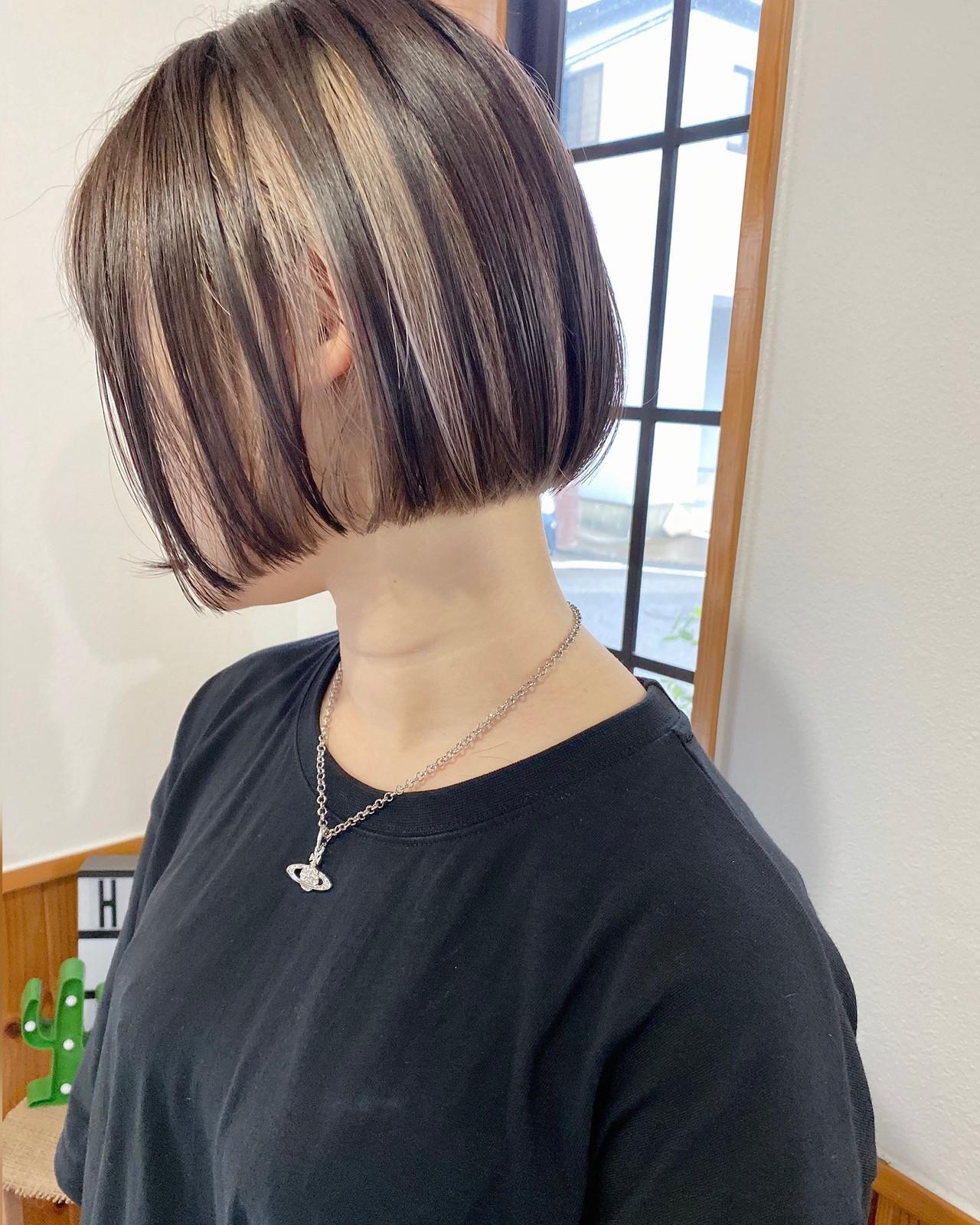 ショートボブ 切りっぱなしボブ ミニボブ インナーカラー ヘアスタイルや髪型の写真・画像 | 岩切 祐樹 / hair make No.8