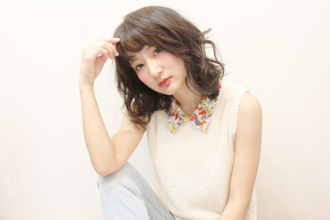 愛され アッシュ モテ髪 大人かわいい ヘアスタイルや髪型の写真・画像   秋山 佳奈 /