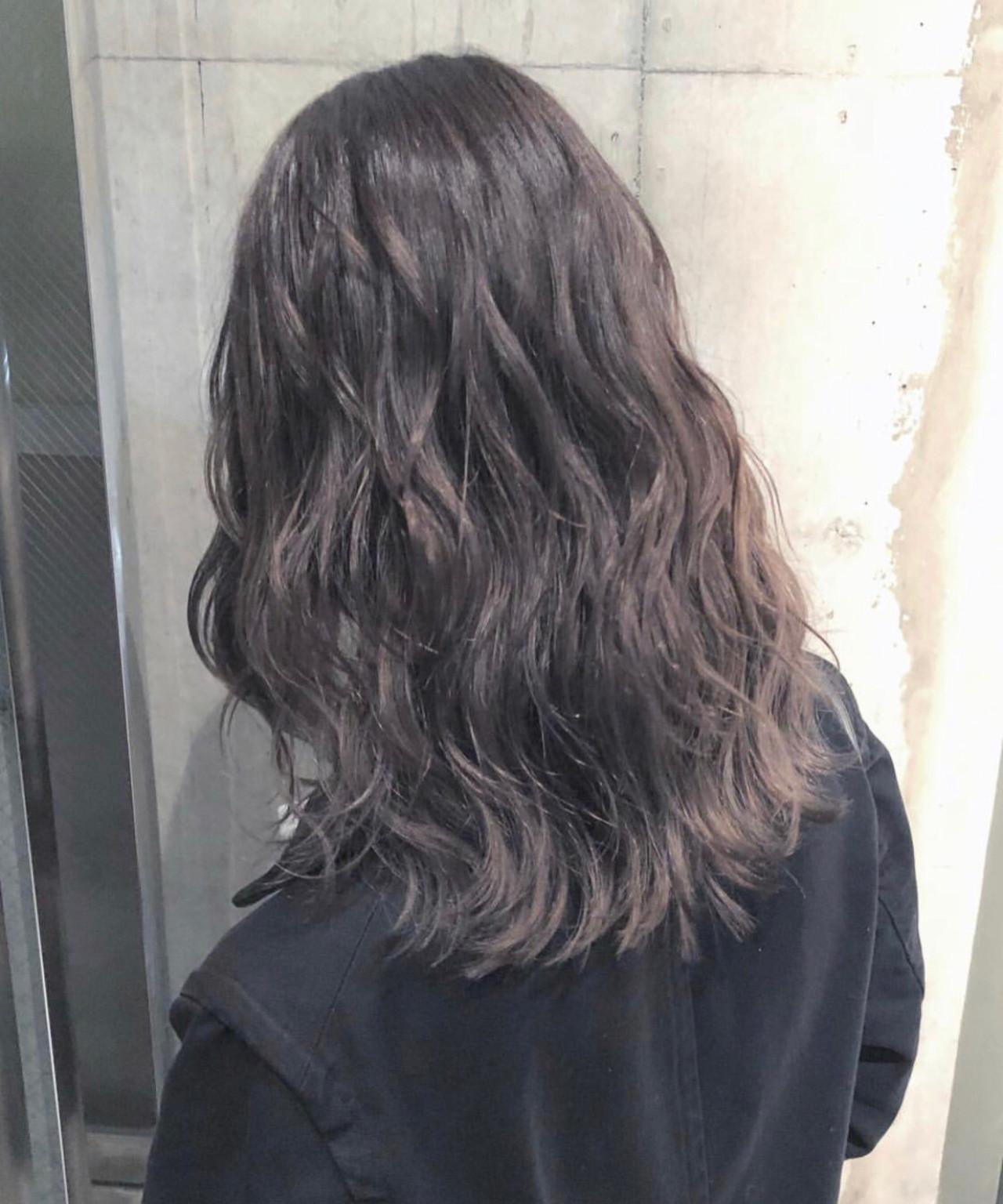 ナチュラル ラベンダーアッシュ セミロング 透明感 ヘアスタイルや髪型の写真・画像 | haruca shiono / imaii scaena×colore