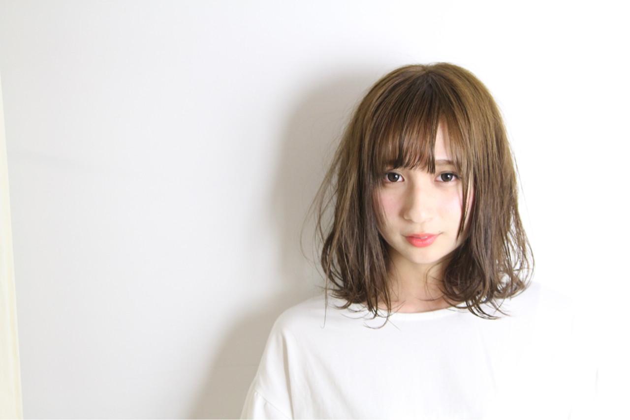 色気 フェミニン ショート 外国人風カラー ヘアスタイルや髪型の写真・画像 | 和田 成泰 / LAXA HAIR WORKS