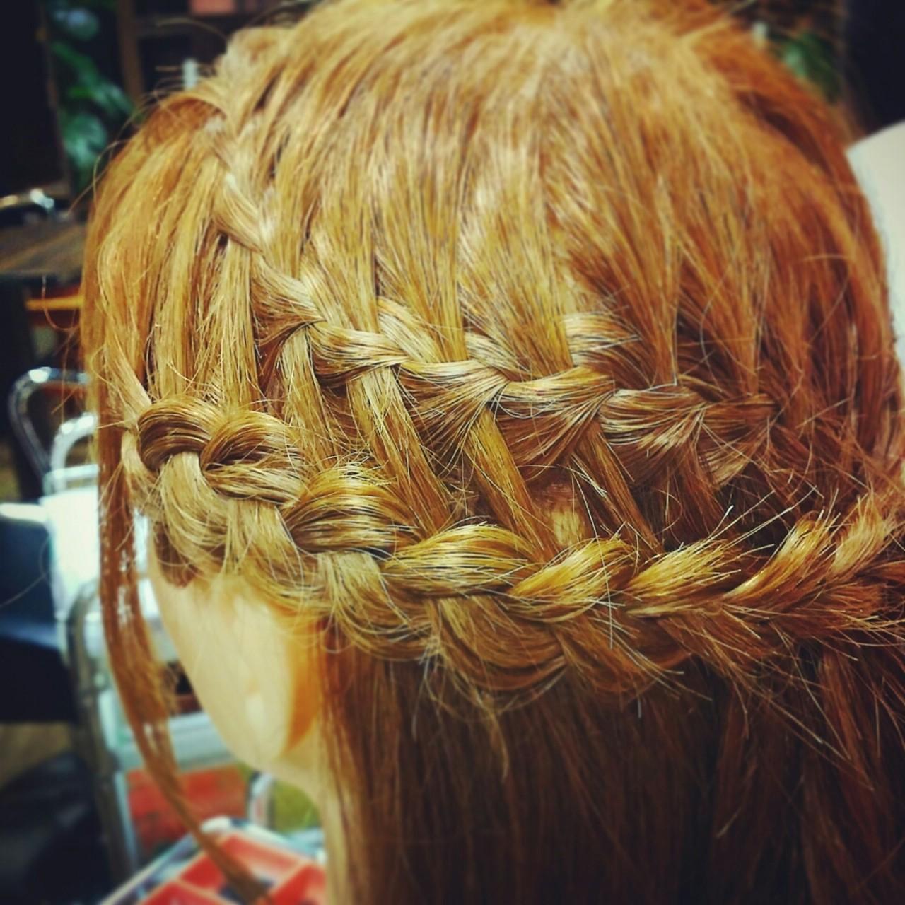 ゆるふわ ヘアアレンジ ミディアム ハーフアップヘアスタイルや髪型の写真・画像