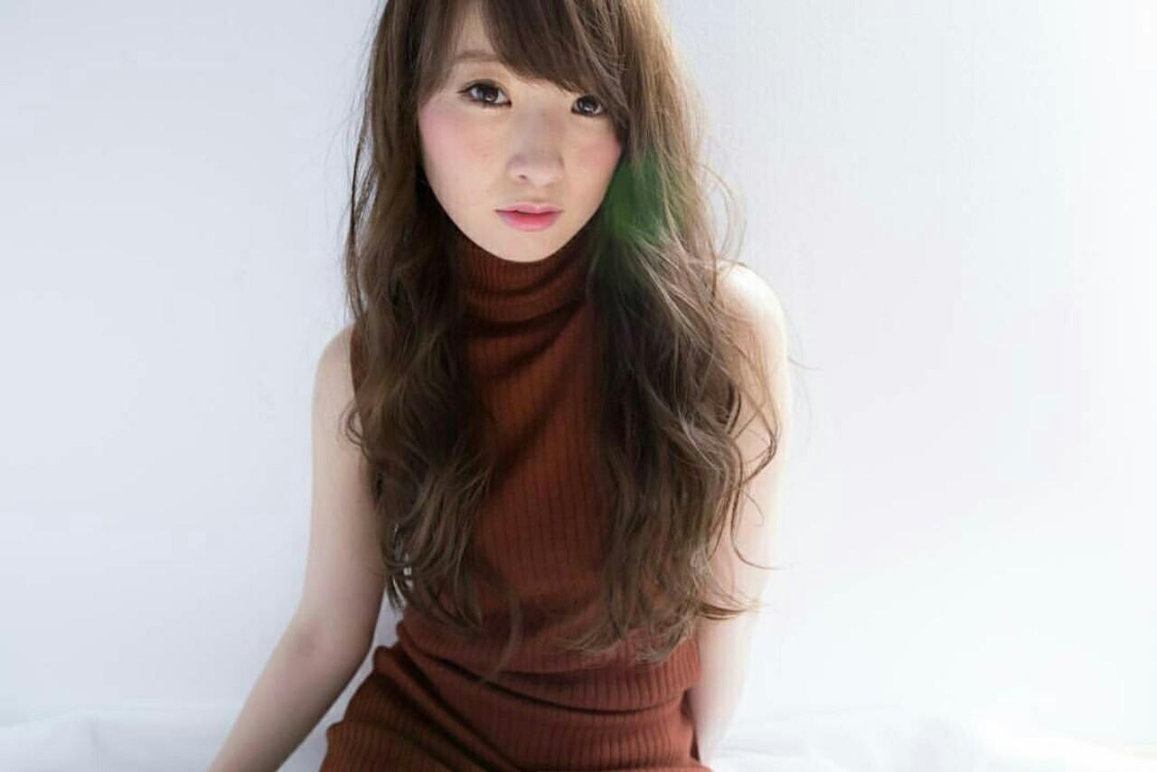 ミルクティー 大人かわいい 大人女子 フェミニンヘアスタイルや髪型の写真・画像