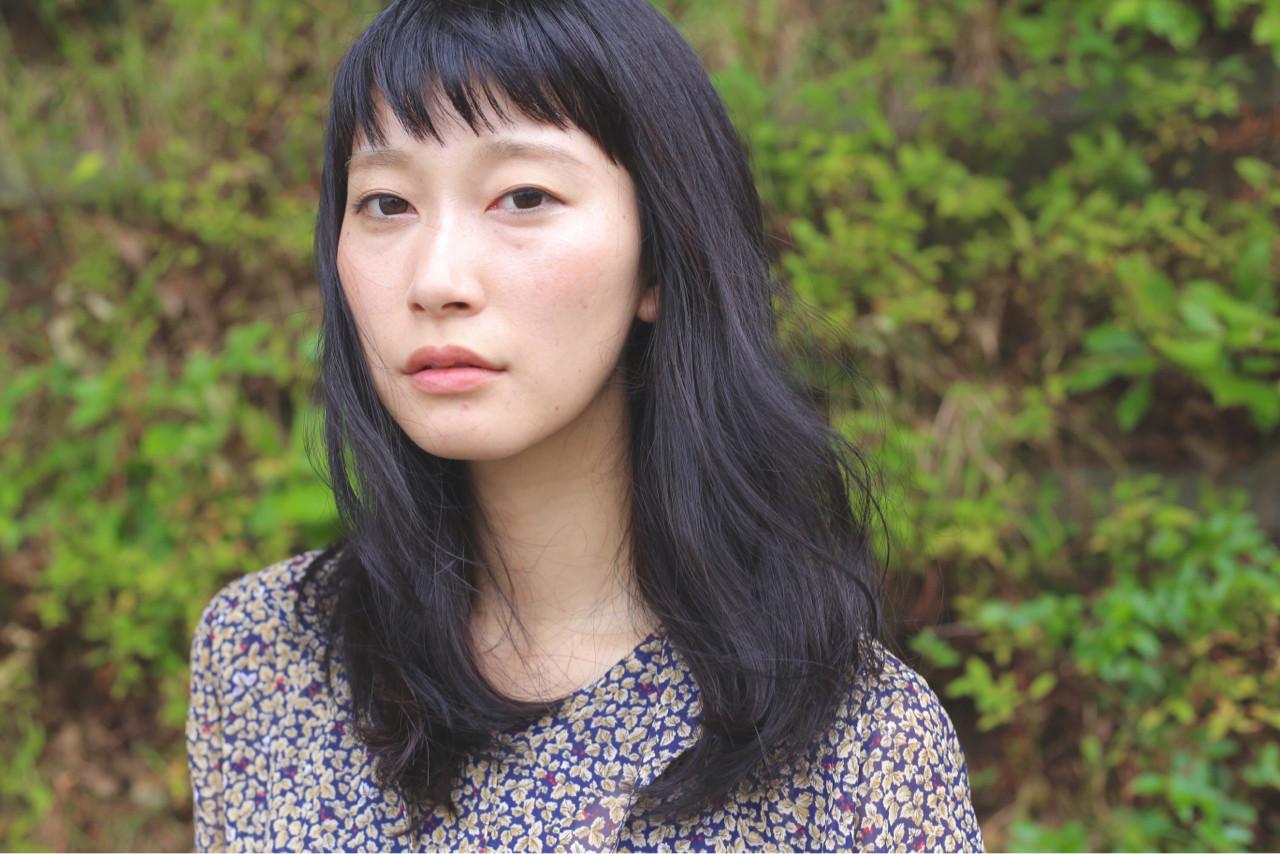 暗髪 セミロング ナチュラル 外国人風 ヘアスタイルや髪型の写真・画像   久米 速人 / SERIO MOTOYAMA