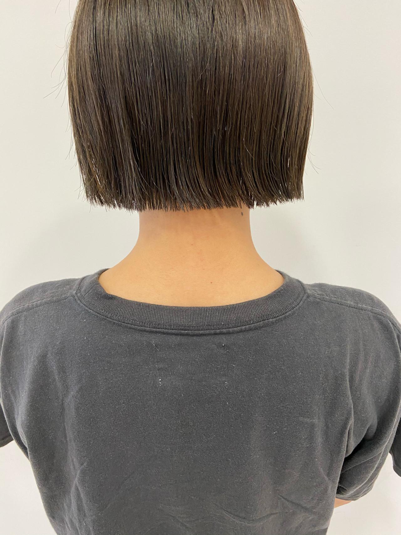 ボブ 切りっぱなしボブ ミニボブ まとまるボブ ヘアスタイルや髪型の写真・画像 | haruhi / CHIC feux