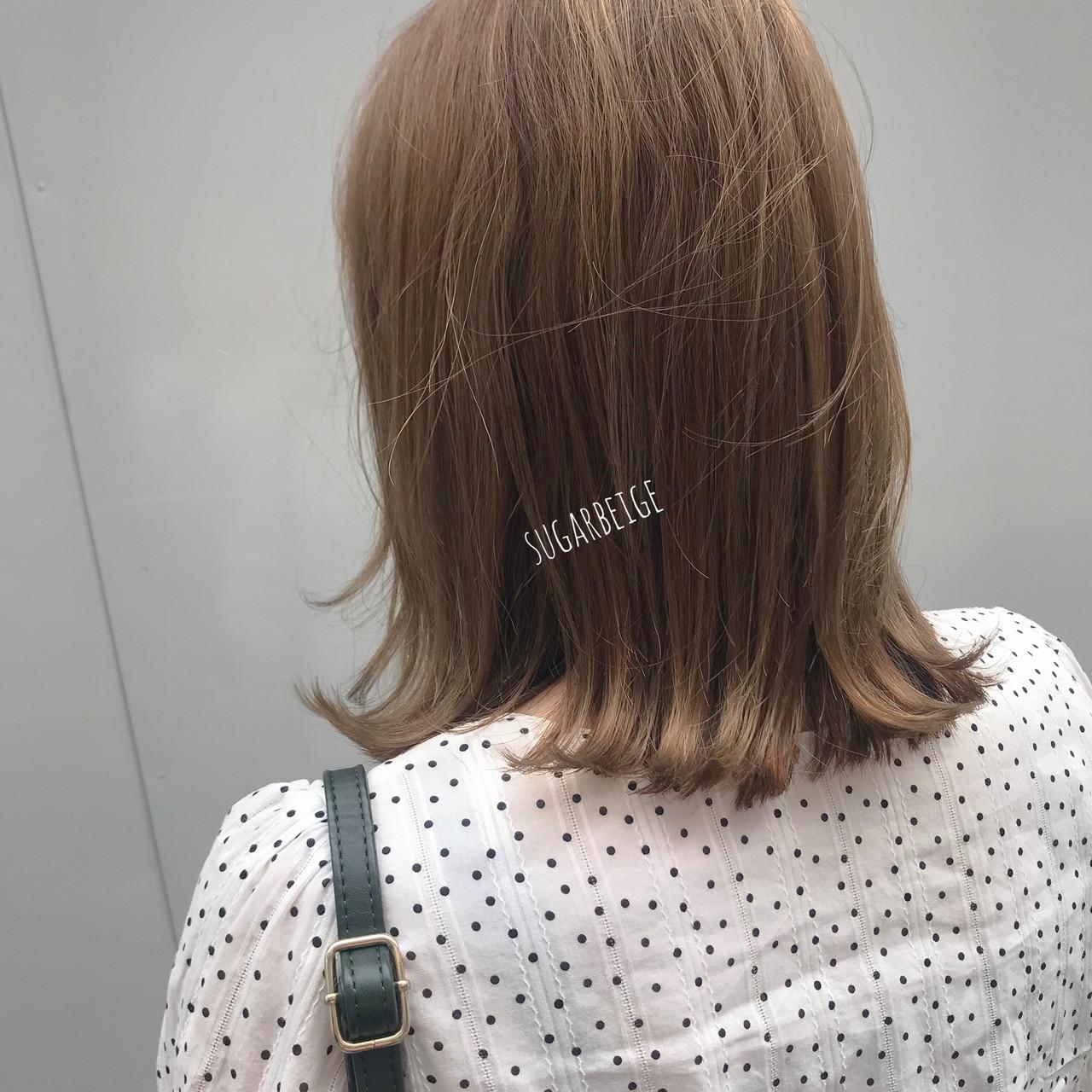 ナチュラル 簡単ヘアアレンジ ミルクティーベージュ シナモンベージュヘアスタイルや髪型の写真・画像