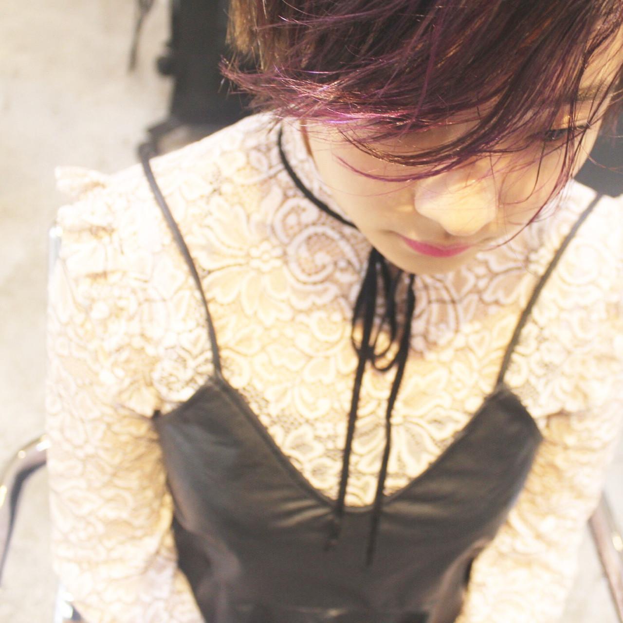 ショート うざバング パープル フェミニン ヘアスタイルや髪型の写真・画像   永井 美菜子 bibito / bibito