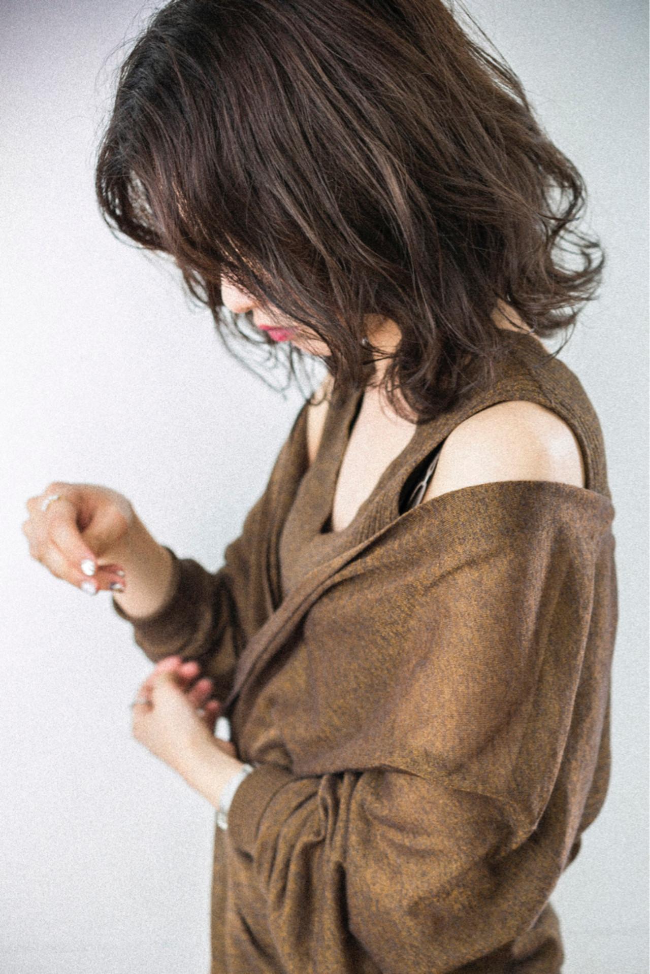 ミディアム ゆるふわ 前髪あり 抜け感ヘアスタイルや髪型の写真・画像
