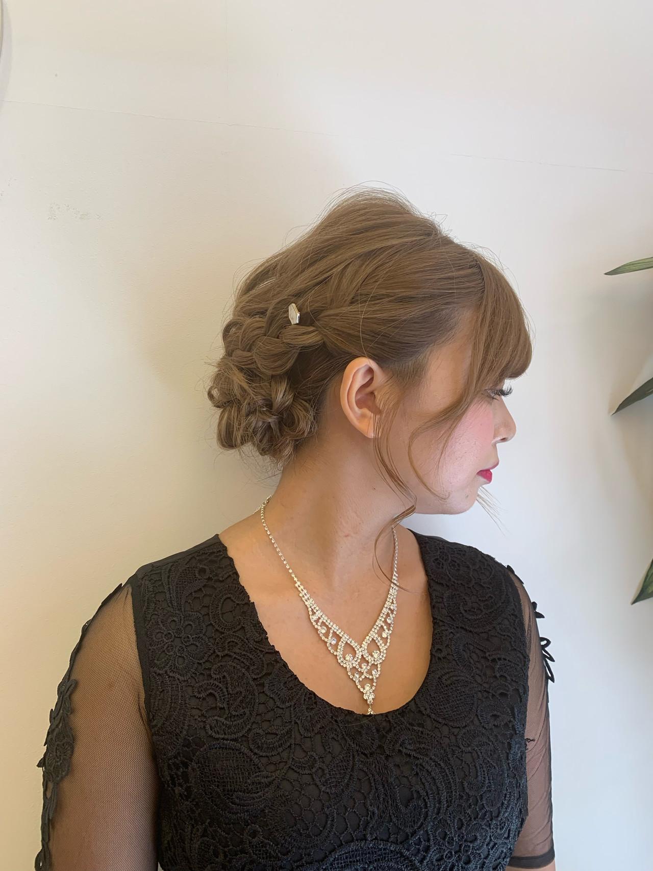 ガーリー グラデーションカラー 外国人風カラー ヘアアレンジ ヘアスタイルや髪型の写真・画像 | 飯島 直彬 / SEES HAIR