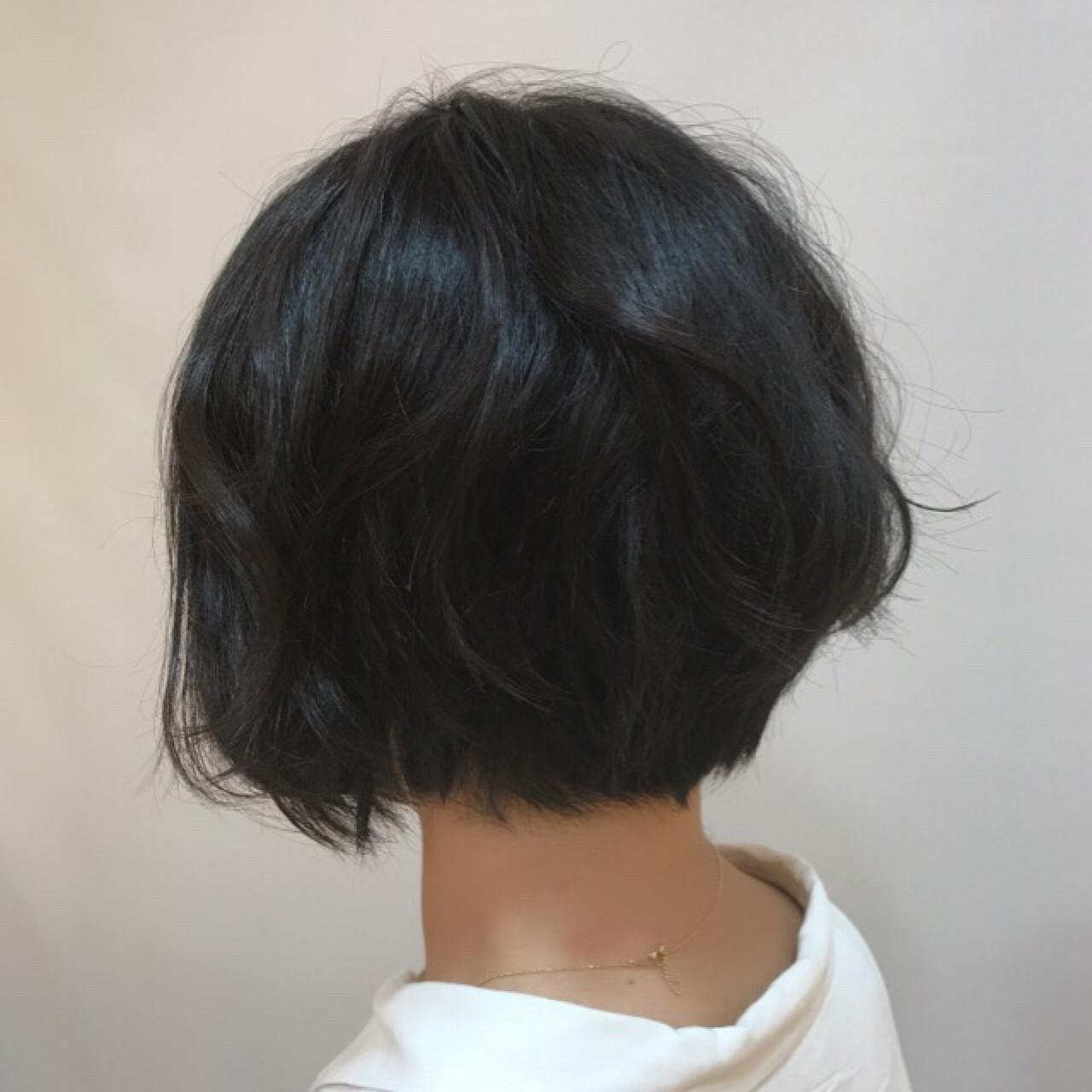 ナチュラル グラデーションカラー パーマ ショートボブヘアスタイルや髪型の写真・画像