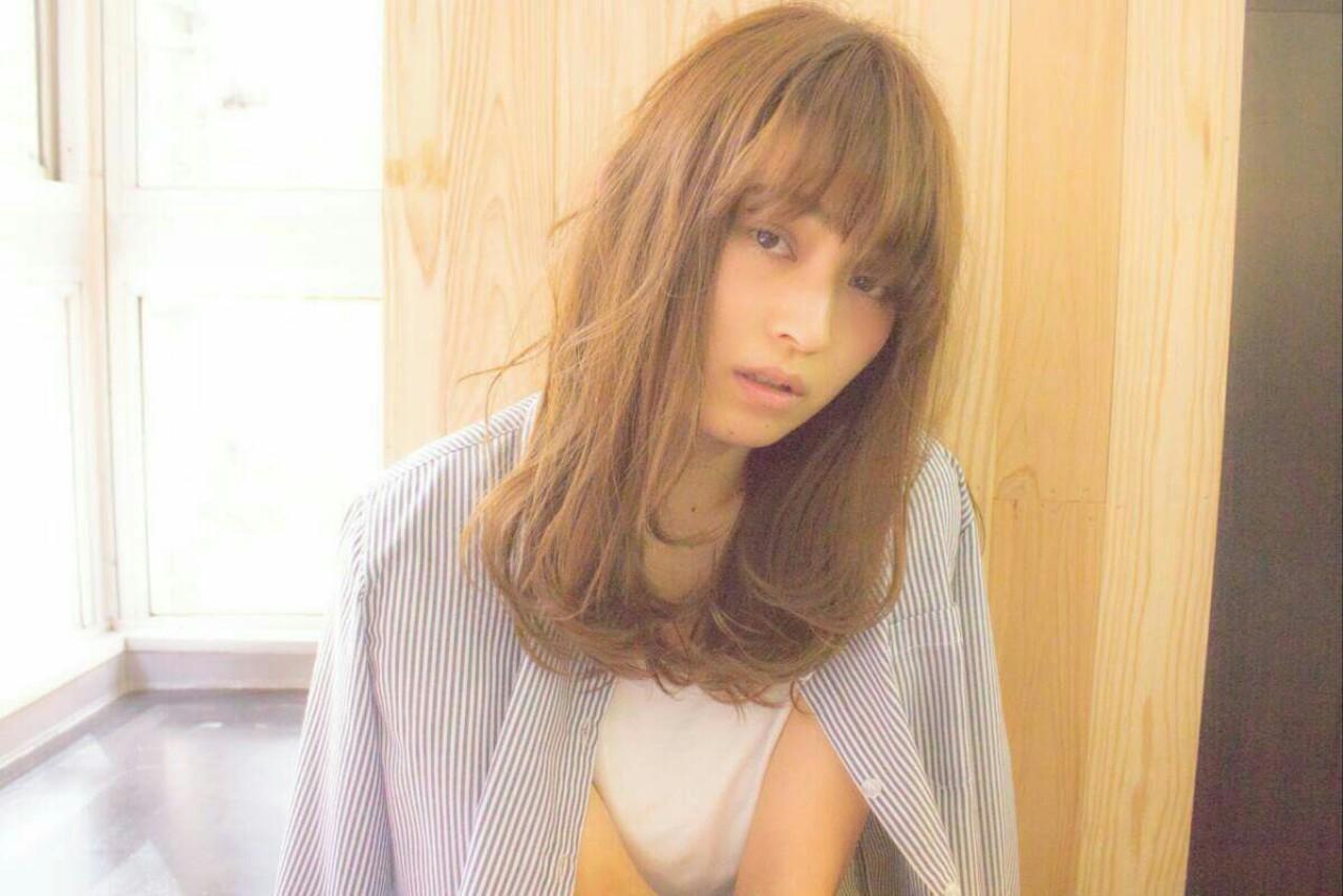 大人かわいい 外国人風 ナチュラル フェミニン ヘアスタイルや髪型の写真・画像   前川 香緒里 /