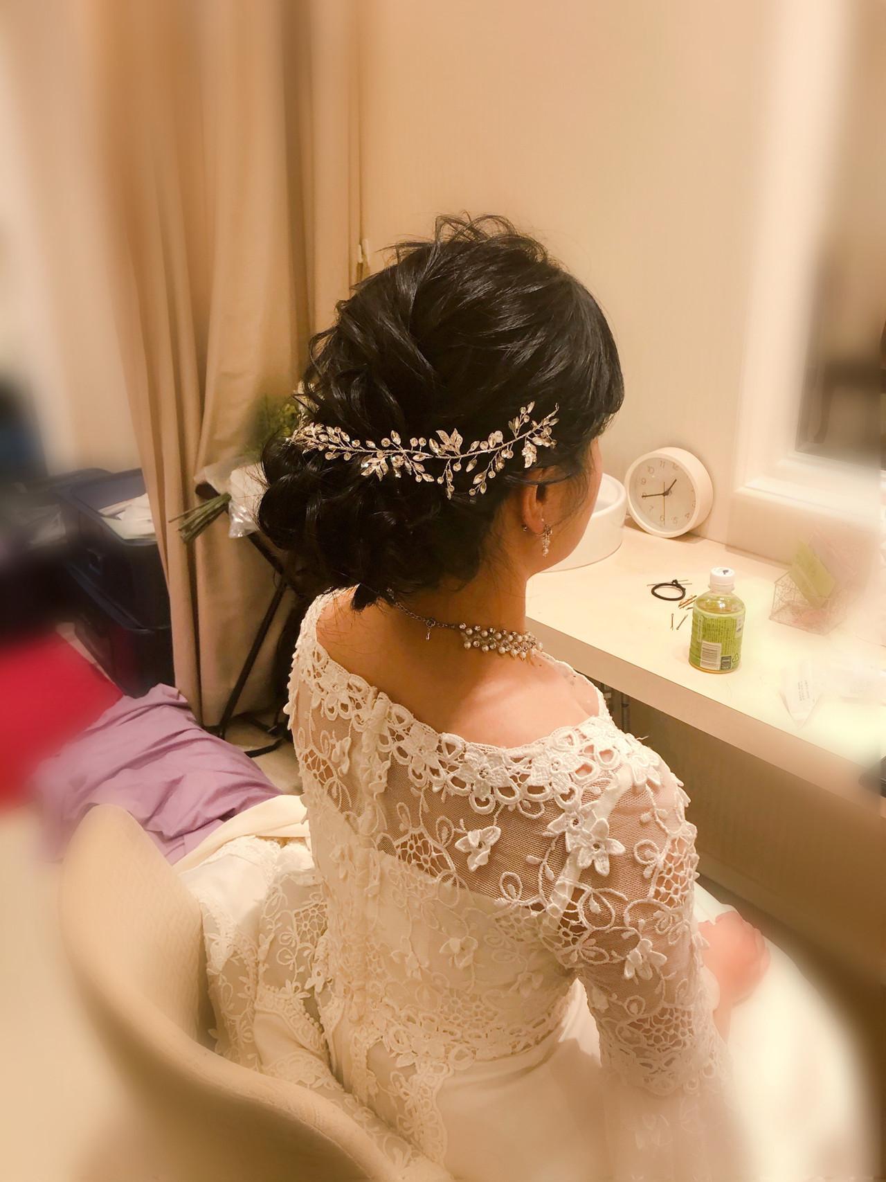 ねじり ヘアセット ブライダル 結婚式ヘアスタイルや髪型の写真・画像