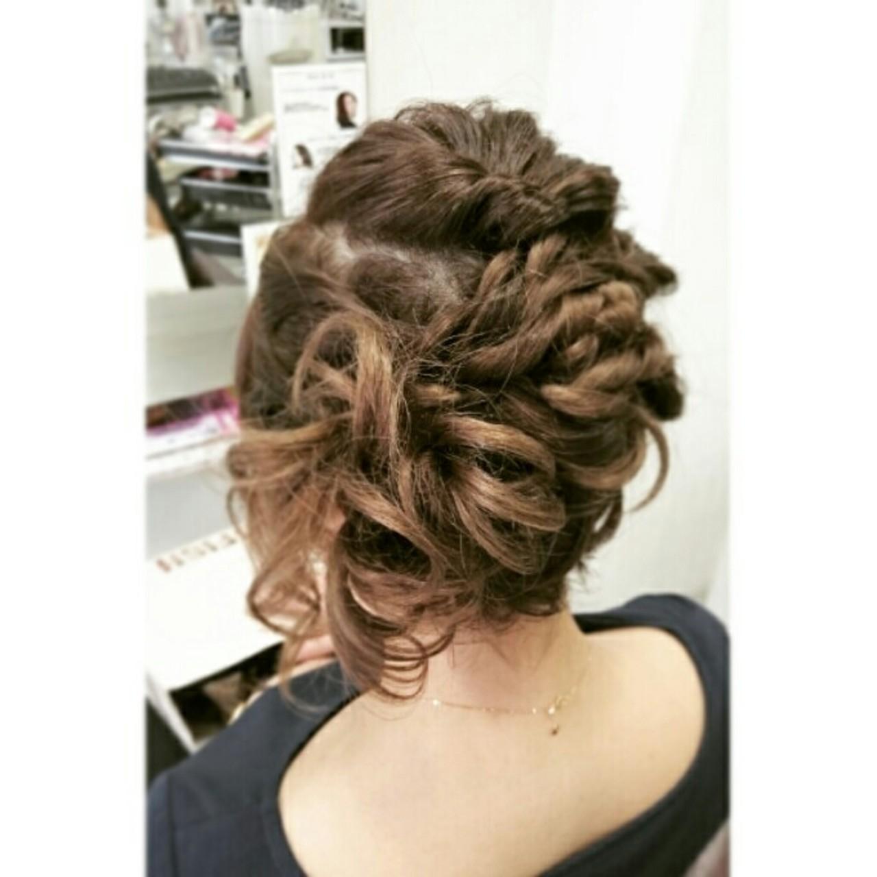 フェミニン ゆるふわ くるりんぱ ヘアアレンジ ヘアスタイルや髪型の写真・画像 | チエ / 美容室ヘアーカントー