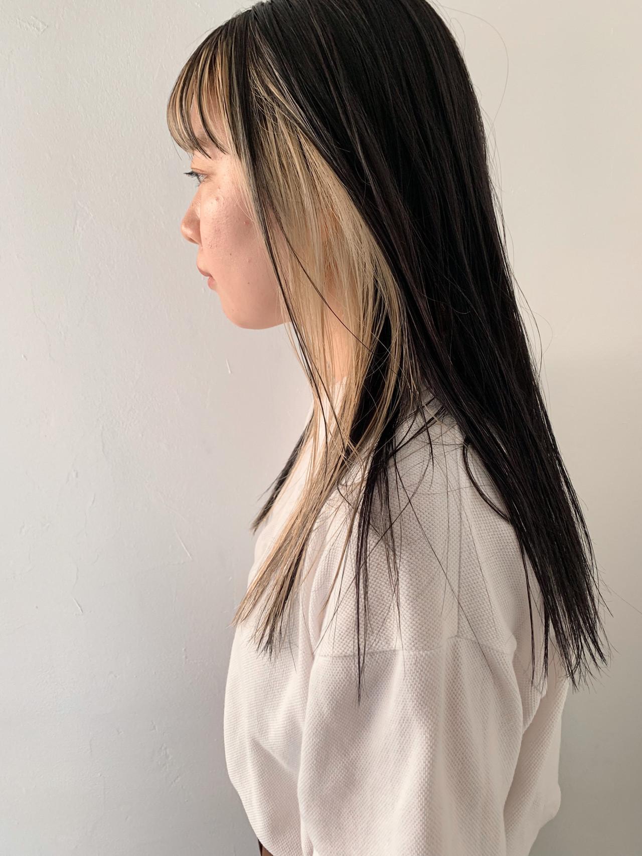 ロング デート ハイトーン インナーカラー ヘアスタイルや髪型の写真・画像 | 鷲野 一行 ナチュラルヘア ハイトーン / AO