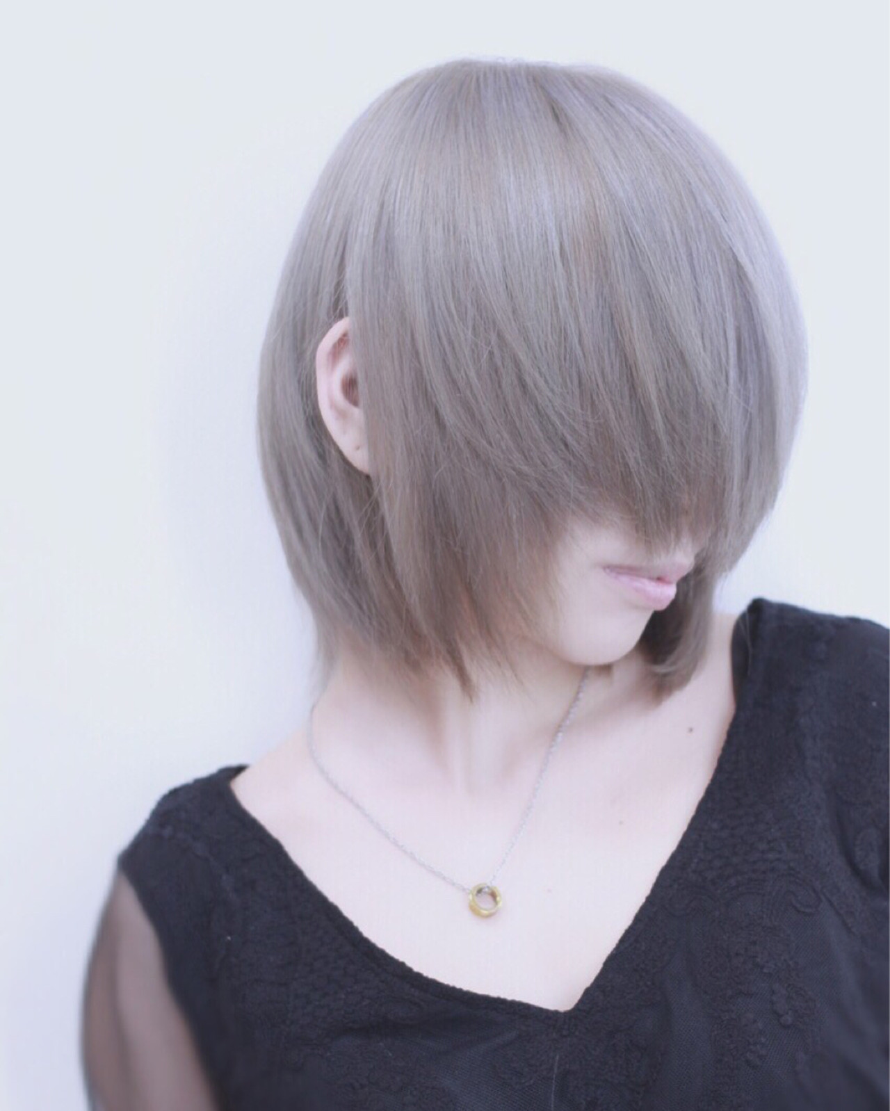 アッシュ シルバーアッシュ 透明感 ストリート ヘアスタイルや髪型の写真・画像   Director AKI☆ / hairTRUTH