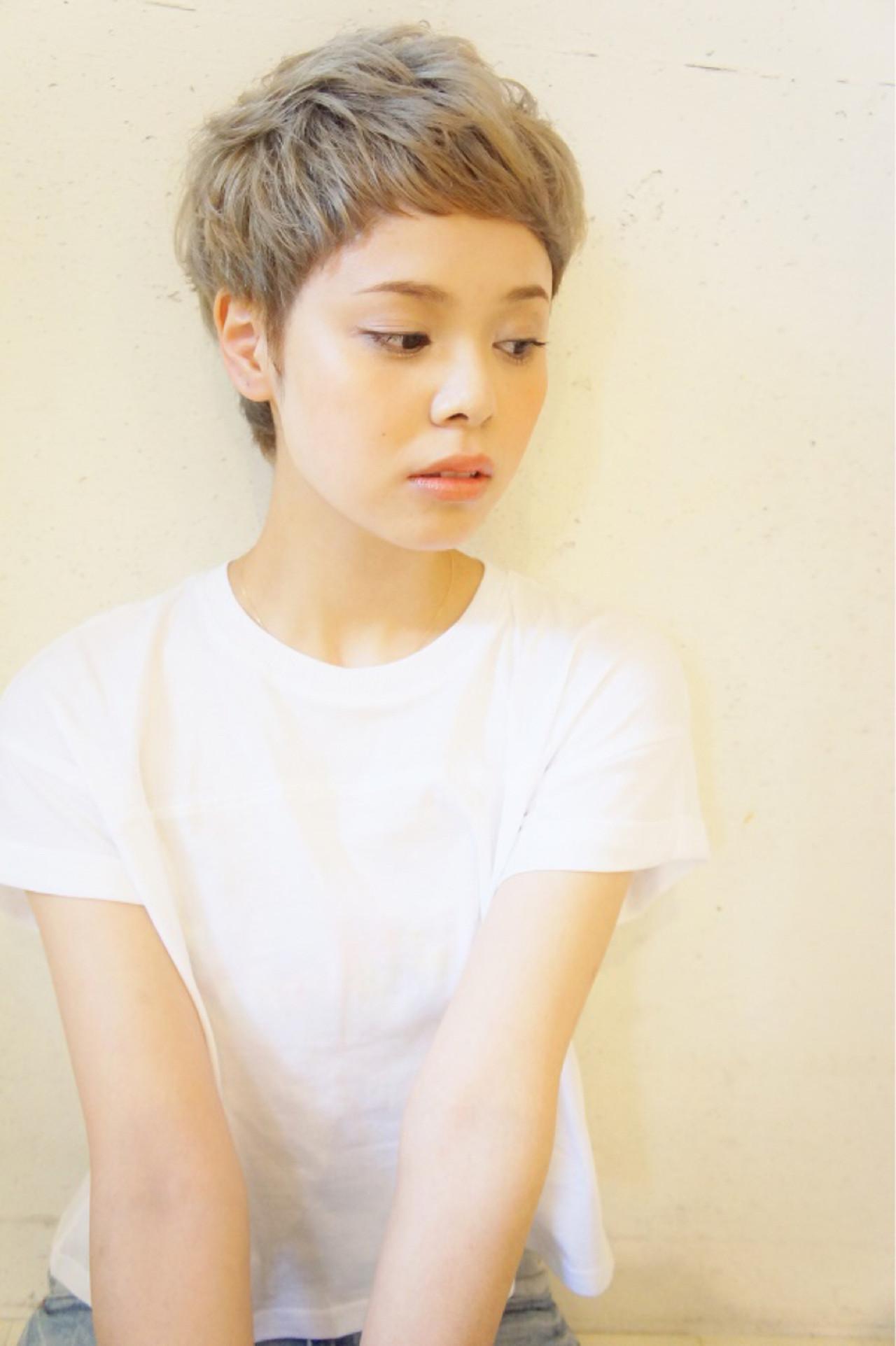 今年の秋冬はいい女に♡「アッシュグレー」で作る上品ヘア 伊藤郷平
