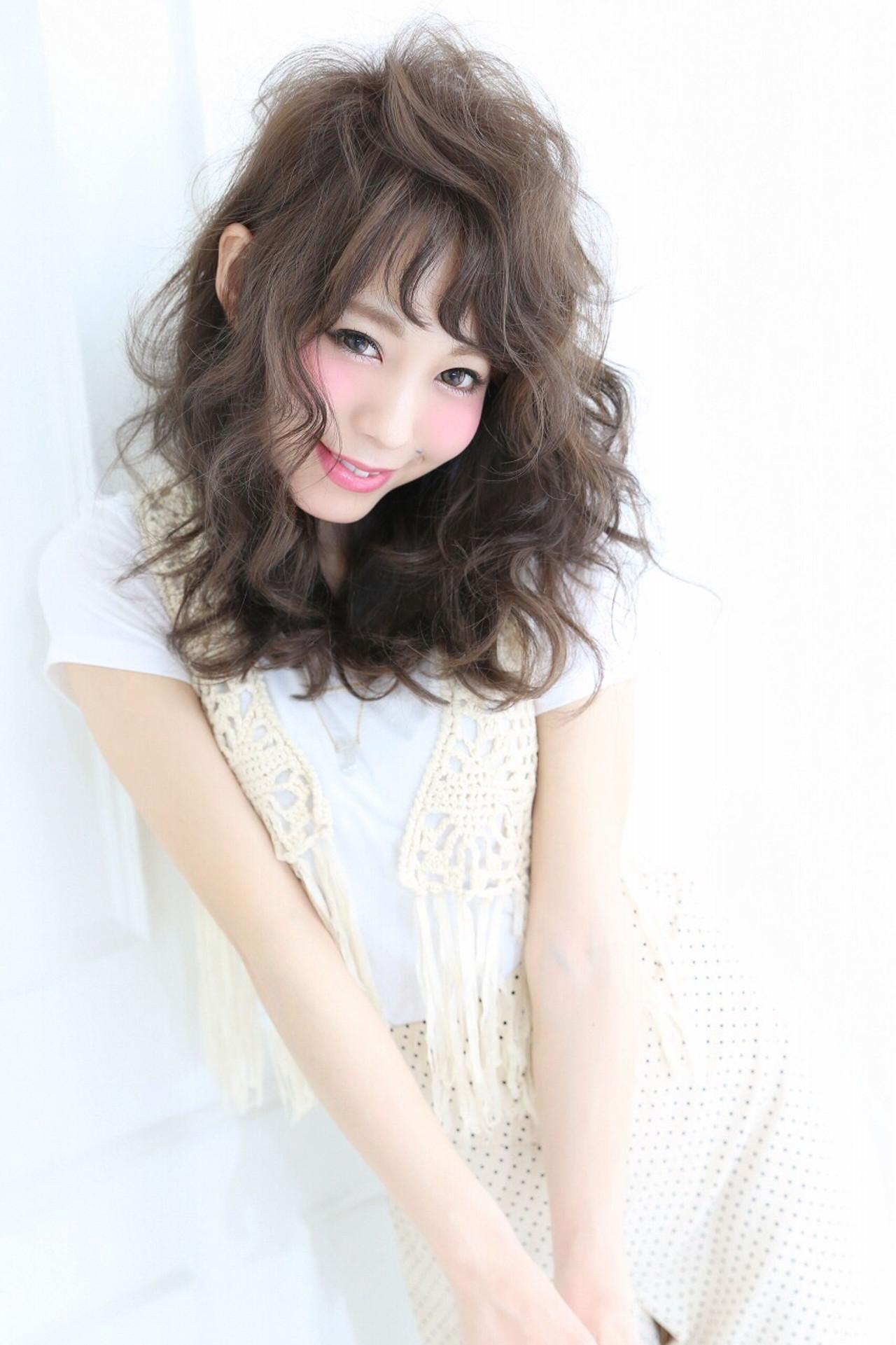 外国人風 アッシュ ガーリー フェミニン ヘアスタイルや髪型の写真・画像 | しらいわ まちこ /