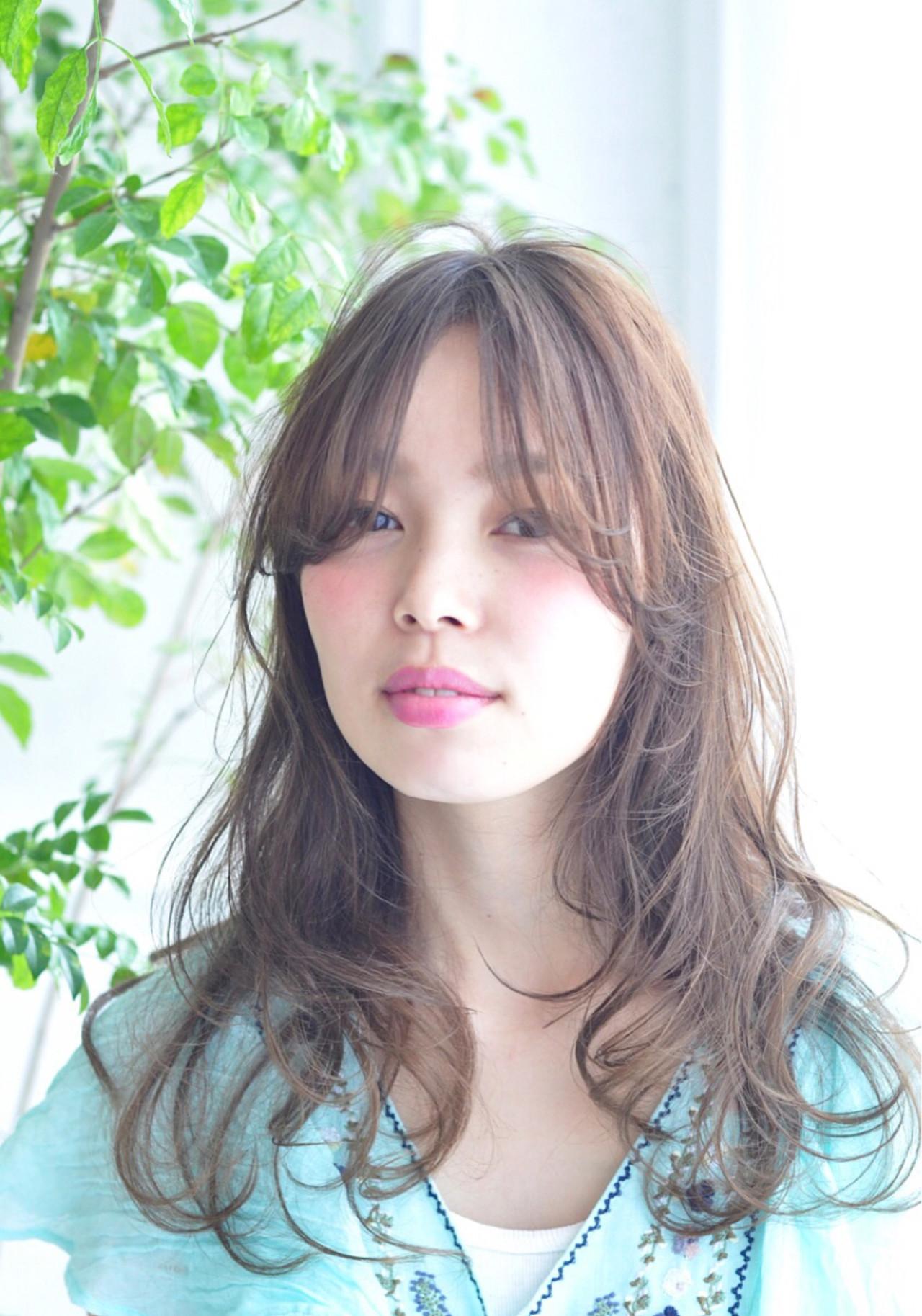 大人かわいい ゆるふわ 外国人風 ロング ヘアスタイルや髪型の写真・画像 | Shokoxxx / hair salon kette