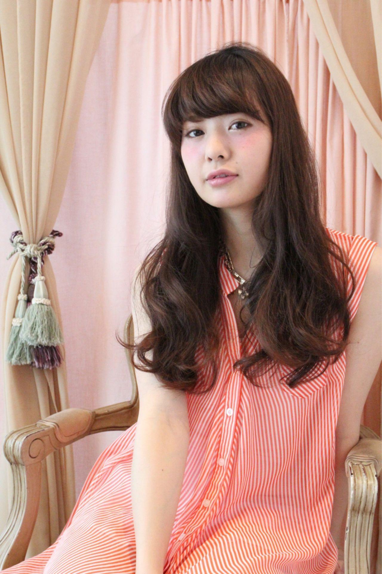 ウェーブ ロング ゆるふわ ナチュラル ヘアスタイルや髪型の写真・画像 | Yusuke Wada / Acotto / Acotto cote