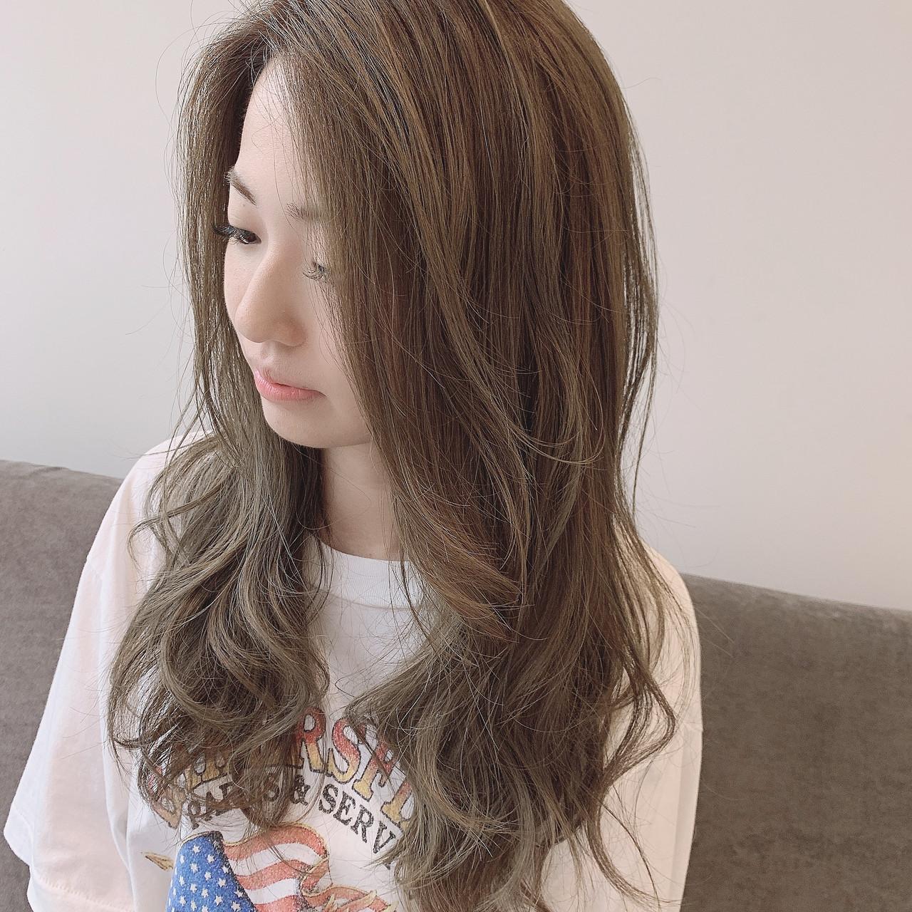 ゆるふわ 大人ロング ナチュラル 透明感カラー ヘアスタイルや髪型の写真・画像 | 満岡寛史/felice / felice