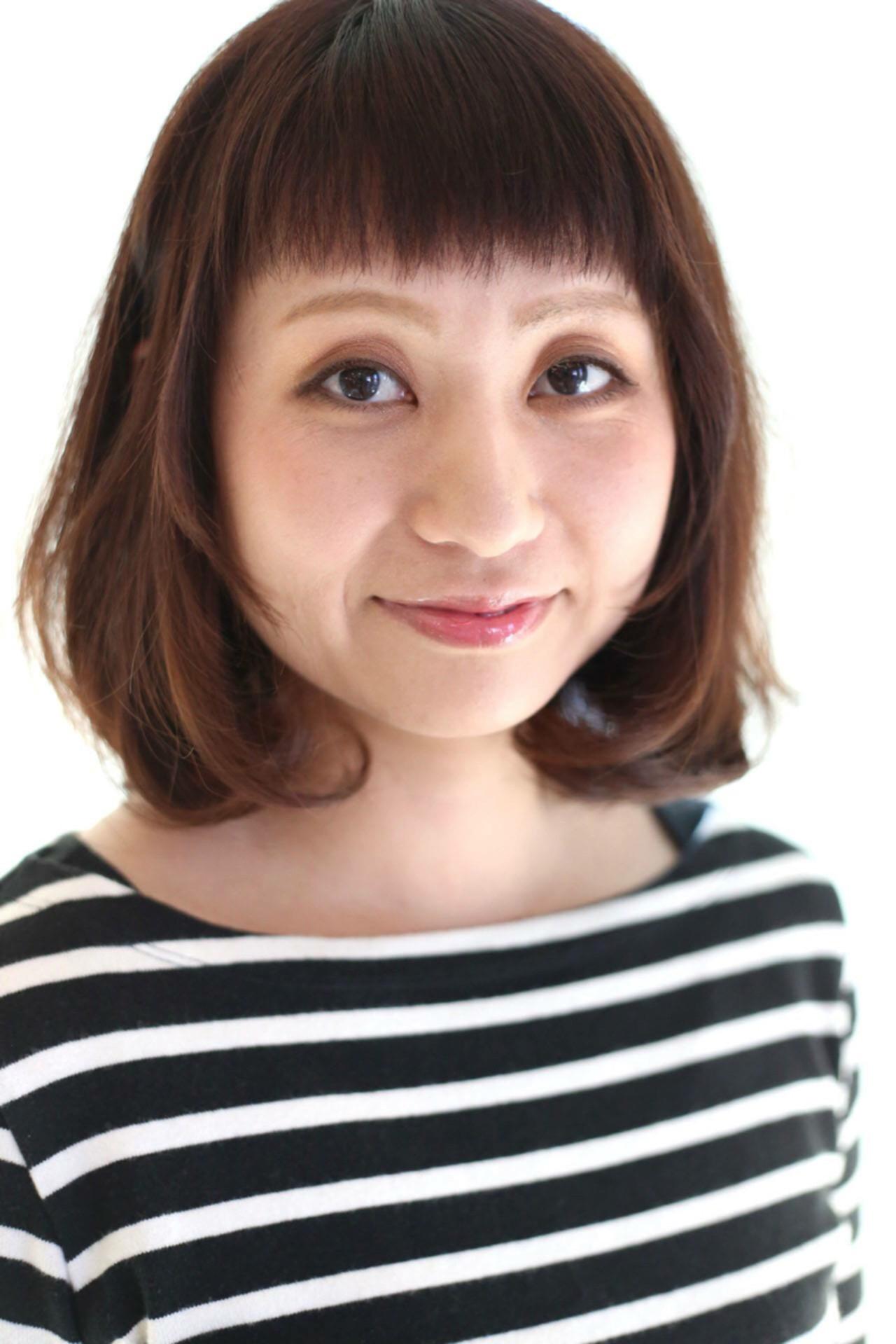 大人女子 オン眉 ワンカール ストレート ヘアスタイルや髪型の写真・画像 | Saori Kastuki / holic