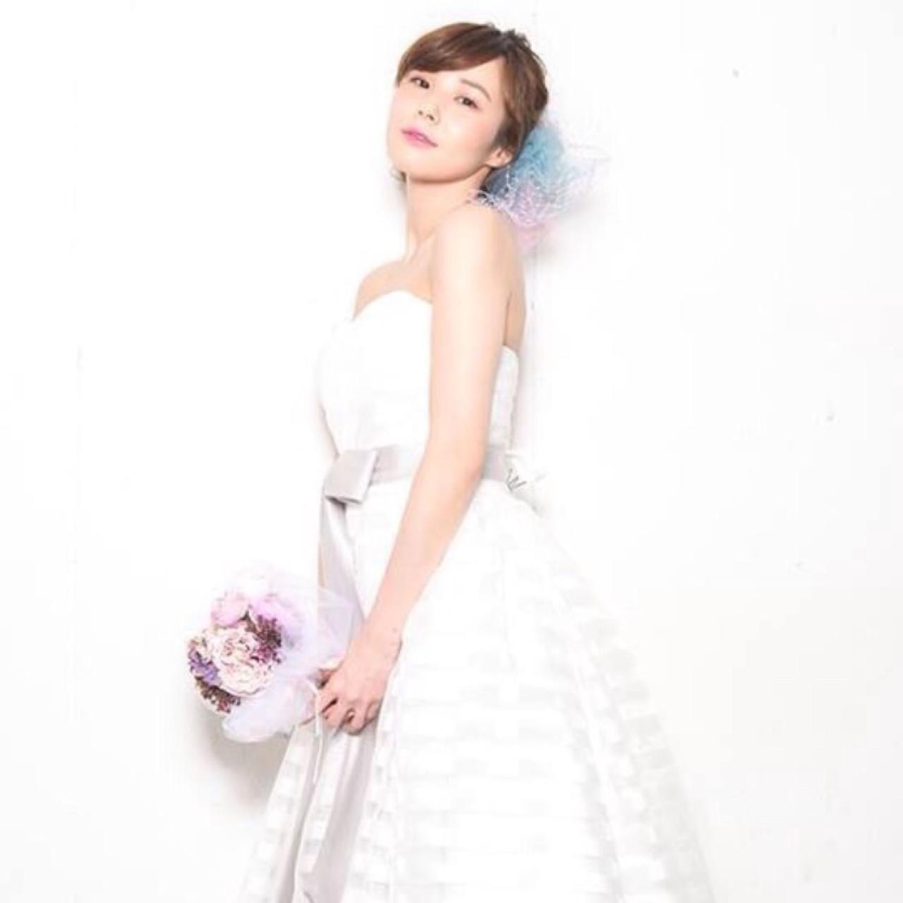 ヘアメイク 花嫁 結婚式 ミディアム ヘアスタイルや髪型の写真・画像 | ayano ura / hairmakeFULL