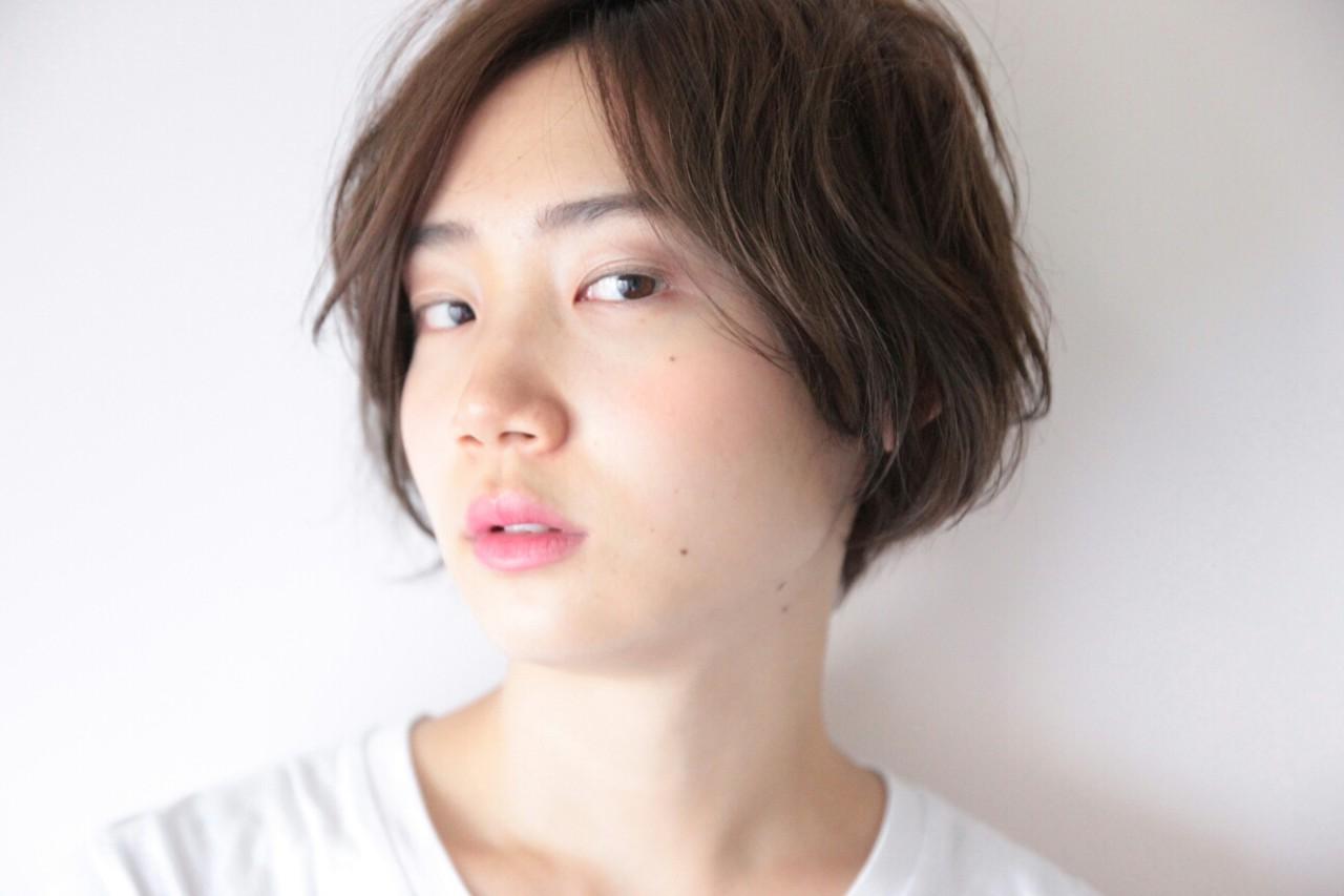 暗髪 ショート 黒髪 アッシュ ヘアスタイルや髪型の写真・画像   山村 龍平 / SWELL