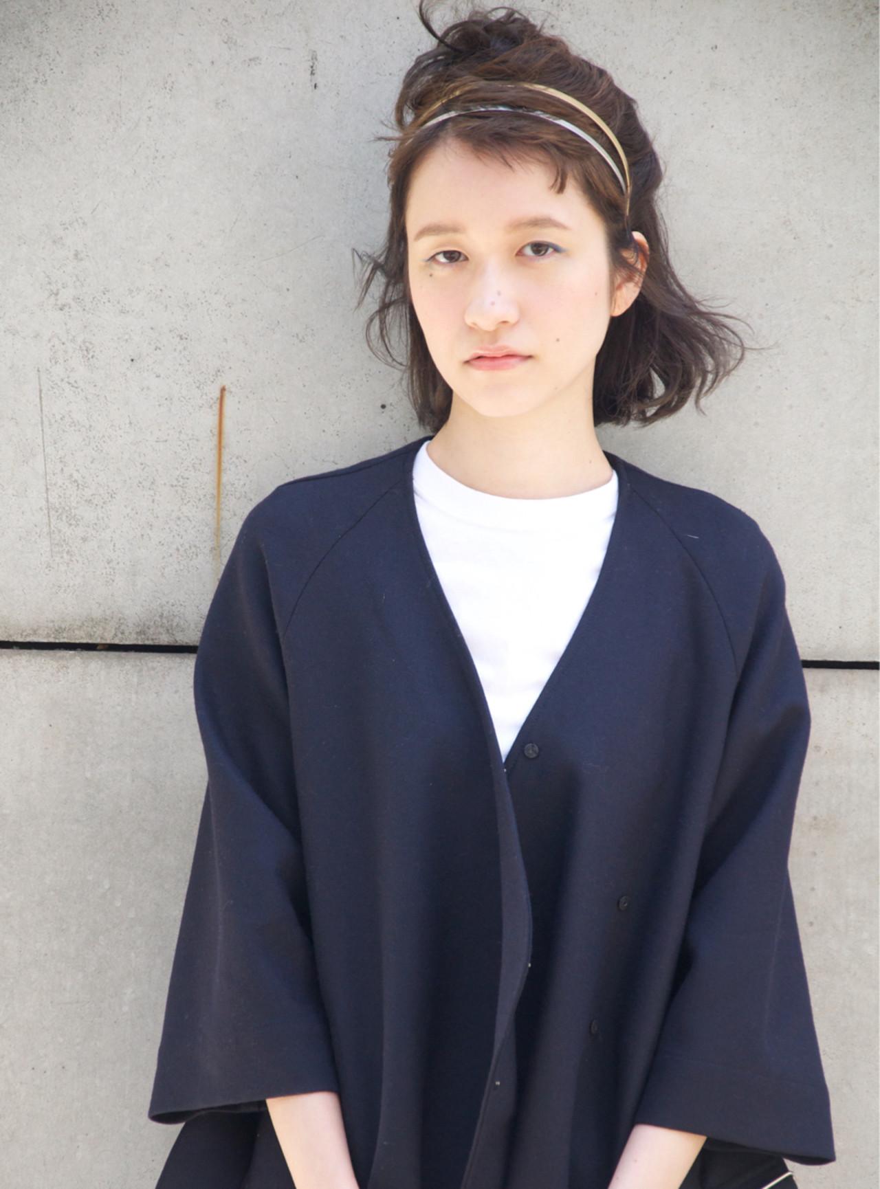 ハーフアップ ショート ヘアアレンジ 簡単ヘアアレンジ ヘアスタイルや髪型の写真・画像 | Chisato Mamada / 5SCENE(ファイブシーン)