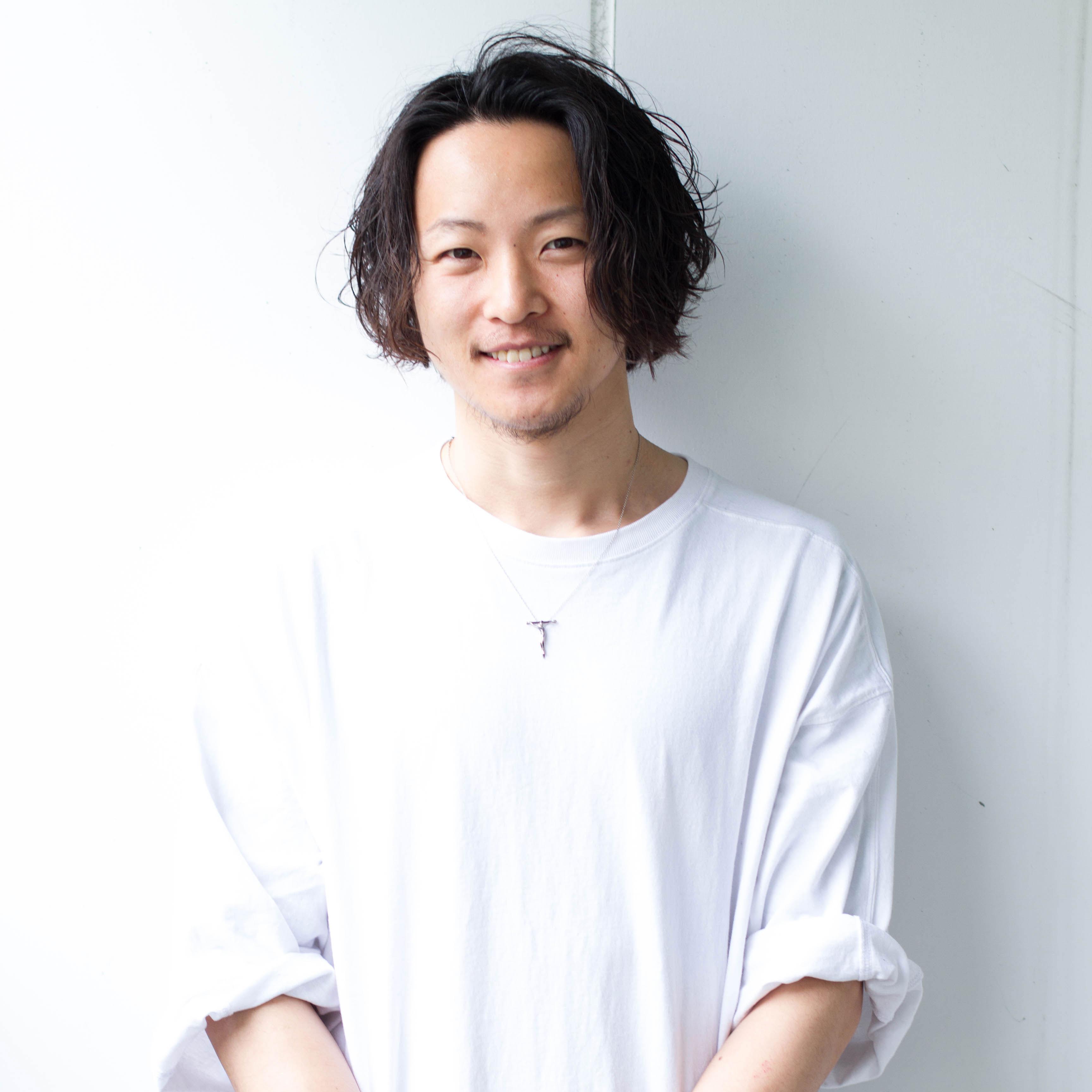 早川 宏介